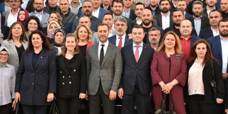 MHP'li Silivri Belediye Başkanı YılmazAK Parti heyetiniağırladı