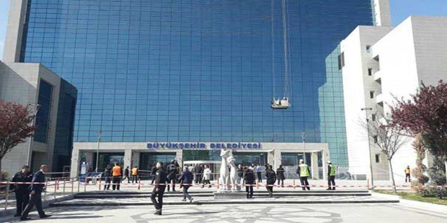 CHP'li Belediyelerde ilk hedef işçiler oldu! 10 bin kişiye tehdit