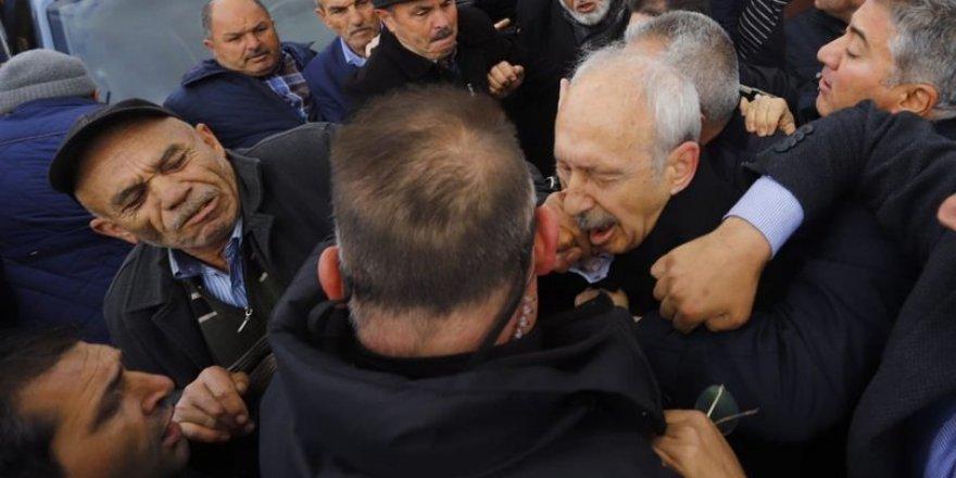 Kılıçdaroğlu'na yumruk atan kişi tutuklandı
