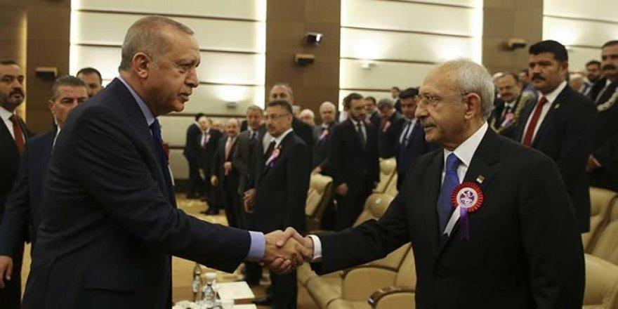 Erdoğan AYM töreninde Kılıçdaroğlu ile tokalaştı