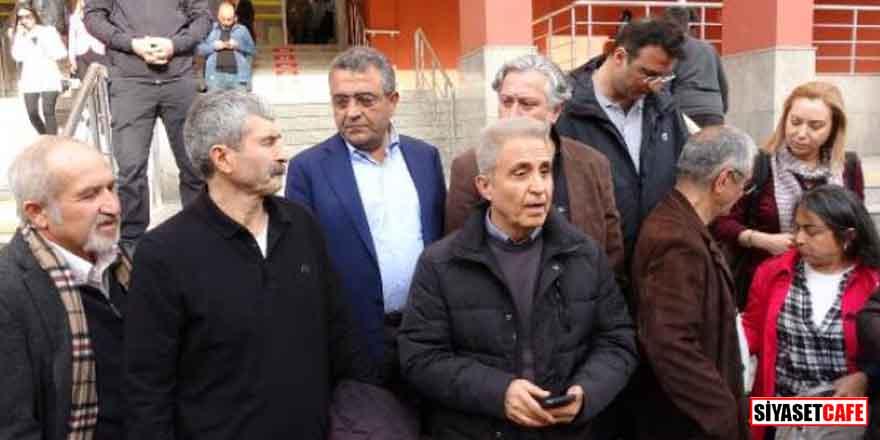 Cumhuriyet Gazetesi'nin eski personeli cezaevine konuldu