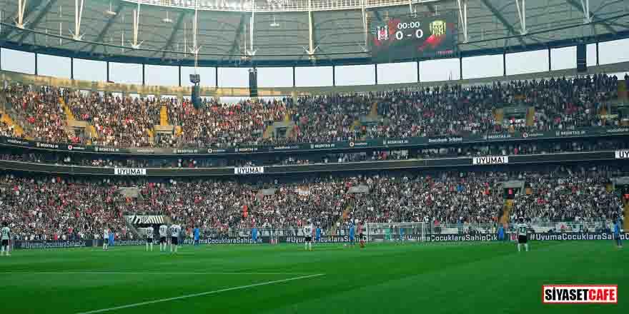 Beşiktaş – Ankaragücü maçında çocuk istismarına tepki için 1 dakika boyunca topa dokunulmadı