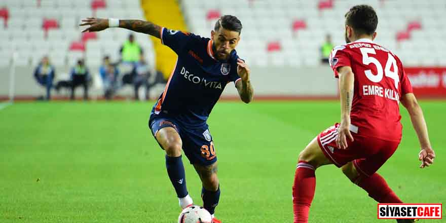Lidere bir darbe daha: Sivasspor 0-0 Başakşehir