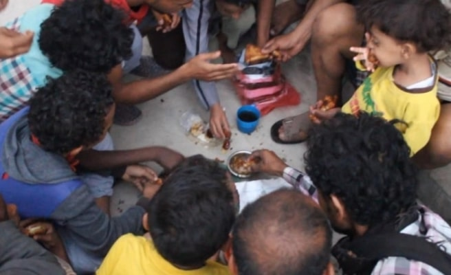 Yemen'den yürek yakan iftar sofrası fotoğrafı