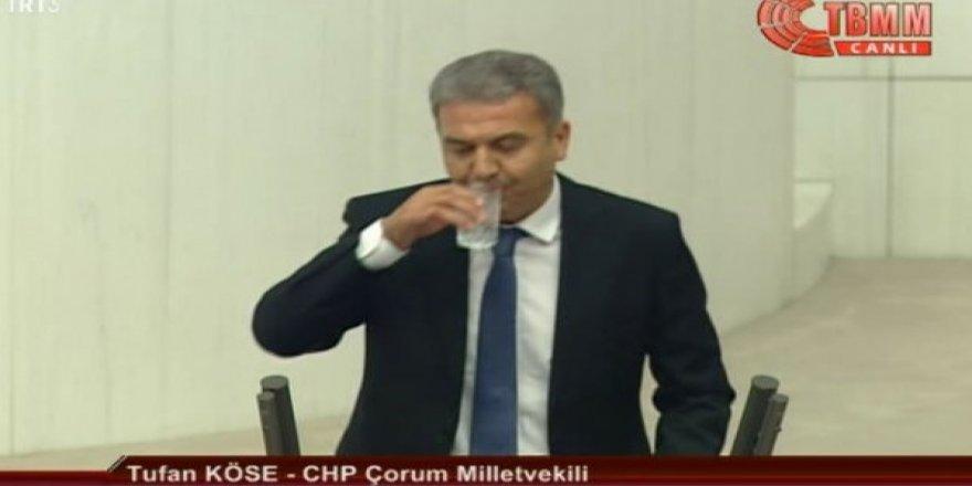 CHP Milletvekili TBMM kürsüsünde su içti ve ortalık karıştı!