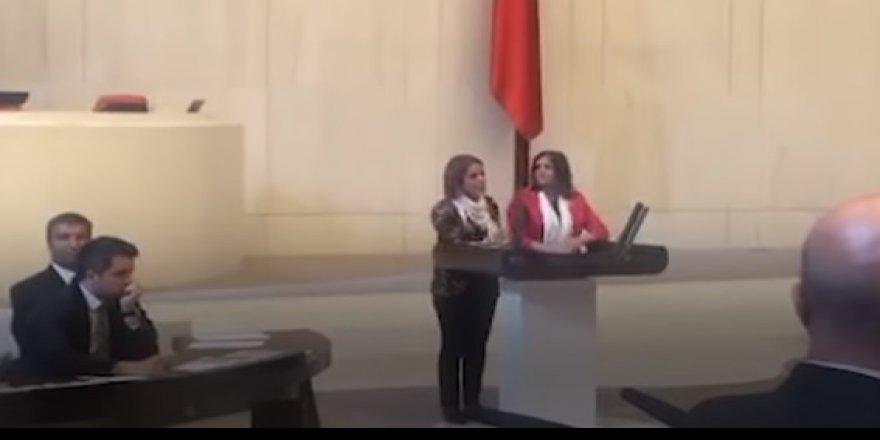 HDP'liler mecliste kürsüyü işgal etti!