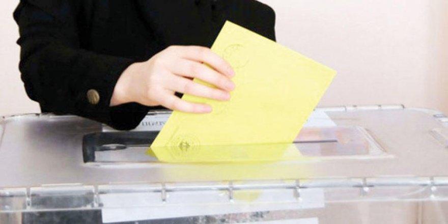 YSK, İstanbul seçmeninin sorgu ekranı faaliyete geçirdi