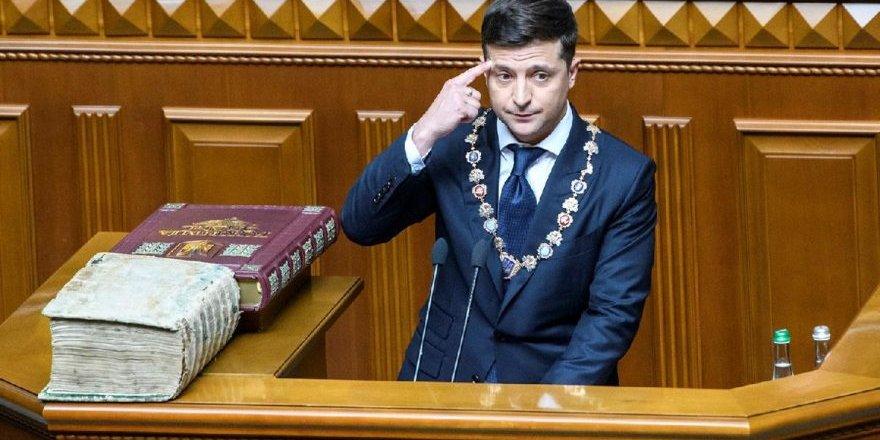 Ukrayna Devlet Başkanı parlamentoyu feshetti!