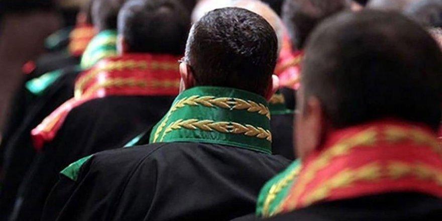 3 bin 722 hakim ve savcının yeri değişti