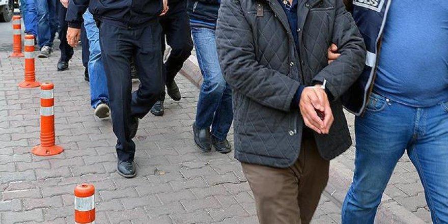 Yunanistan'a kaçmaya çalışan 17 FETÖ'cü yakalandı