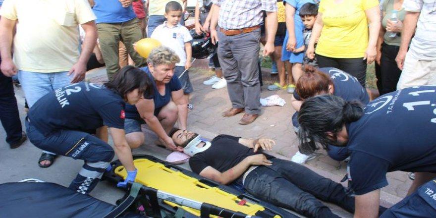 Yardıma koştuğu yaralı oğlu çıkınca şok geçirdi