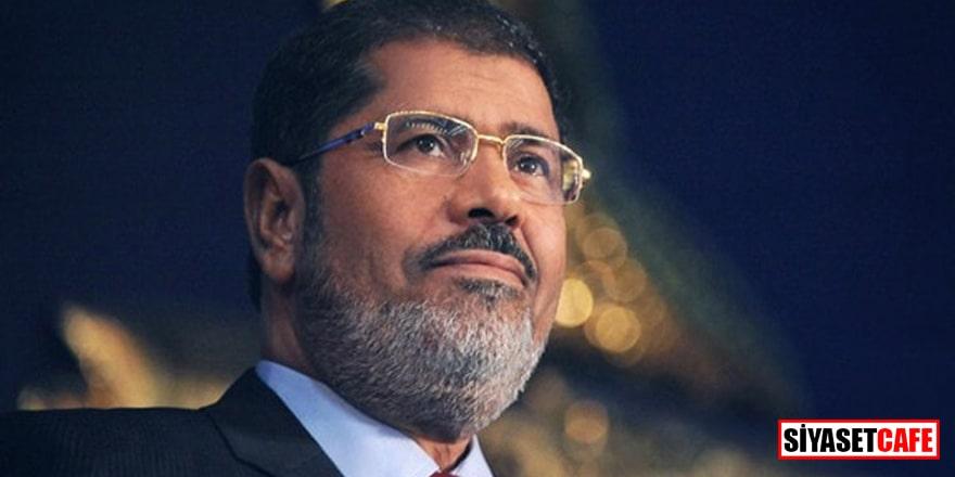 Camilerde Muammed Mursi için sela verildi