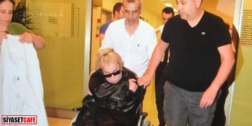 Zerrin Özer evinde fenalaşarak hastaneye kaldırıldı
