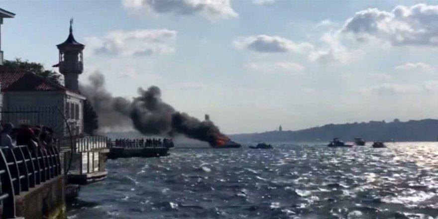 İstanbul Boğazı'nda korkulu dakikalar