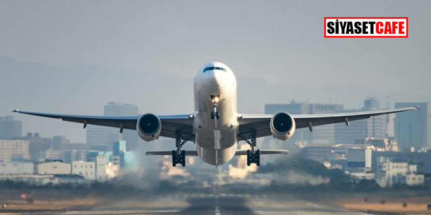 Uçakta panik anları! Yolcular dumanların arasında kaldı