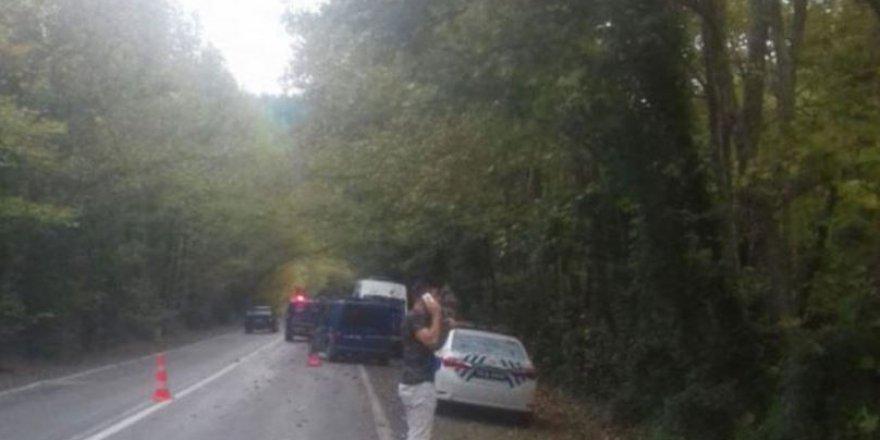 Fotoğraf çekmek isterken araba çarpan kadın hayatını kaybetti