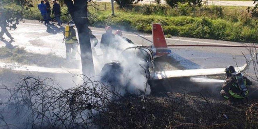 Uçak yere çakıldı: 1 Kişi öldü, 3 kişi ağır yaralandı