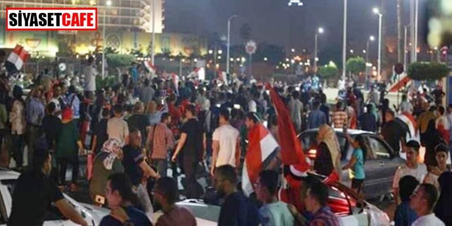 Mısır Ordusu halkı sokağa çağırdı
