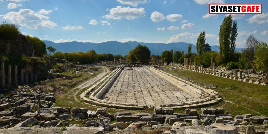Aphrodisias'daki kazılar sürüyor