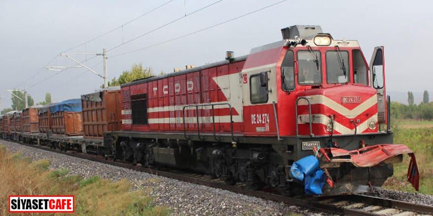 Kütahya'da hemzemin geçitte tren kazası