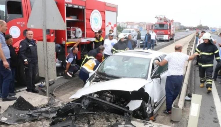 Tekirdağ'daki feci kazada baba oğul aynı araçta…