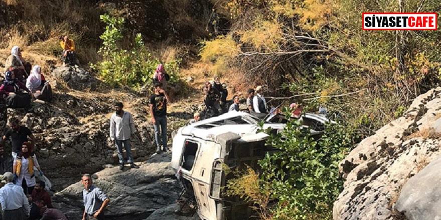 Diyarbakır'da feci kaza: 2 ölü, çok sayıda yaralı var