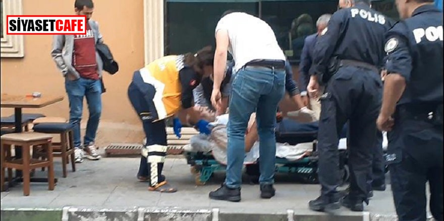 Bursa'da arkadaşını çay içerken bıçakladı