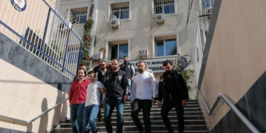 İstanbul'da uyuşturucu satıcıları çatıştı: 2 ölü