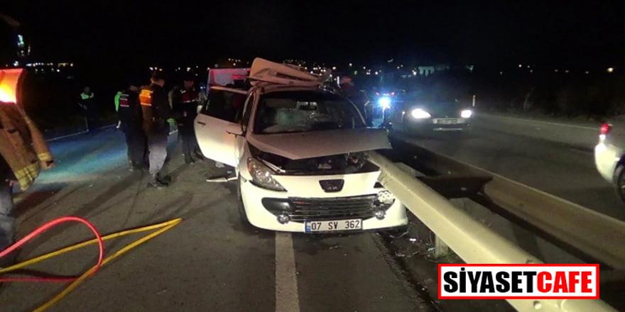 Silivri'de feci kaza: Bariyer ok gibi saplandı