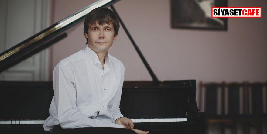 Andrey Pisarev Enka Sahnesi'nde