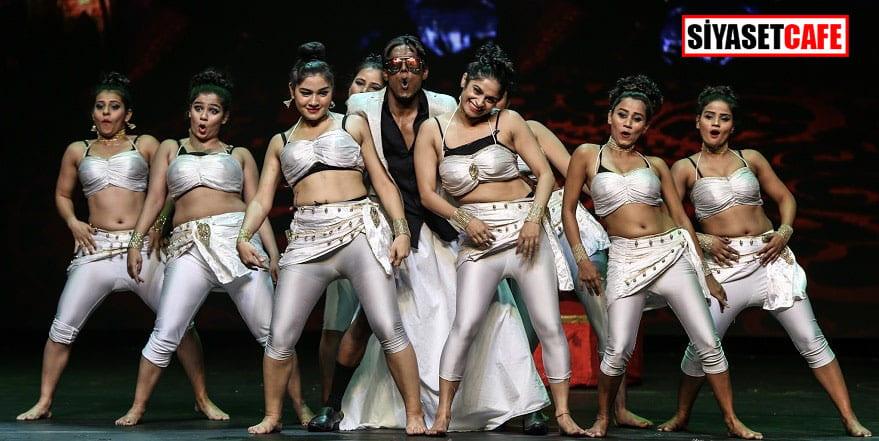 Hint müzikaline ünlü akını