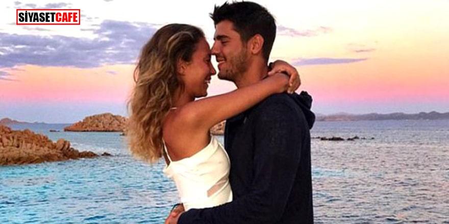 Eşinin kalçasını ısıran yıldız futbolcu sosyal medyayı salladı!