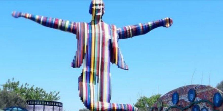 CHP'li belediyeden skandal Atatürk heykeli