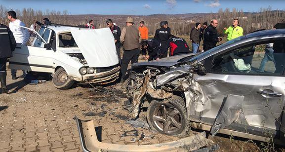 Kütahya'da feci kaza: Çok sayıda yaralı var