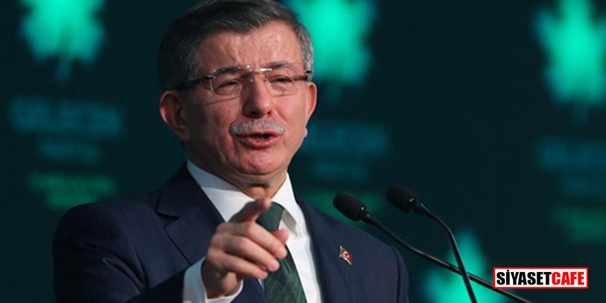 Parti kuran Davutoğlu'nu bakın ilk kim tebrik etmiş!