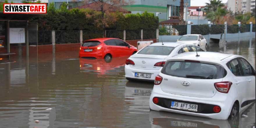 İzmir'i su bastı