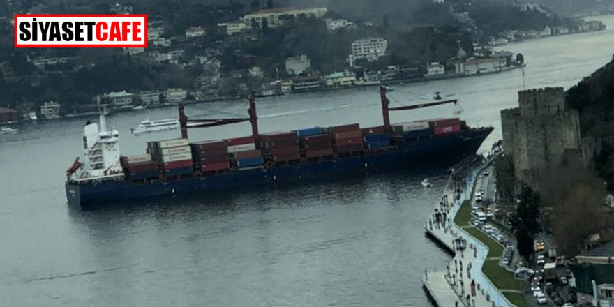 İstanbul Boğazı'nda dev gemi karaya oturdu