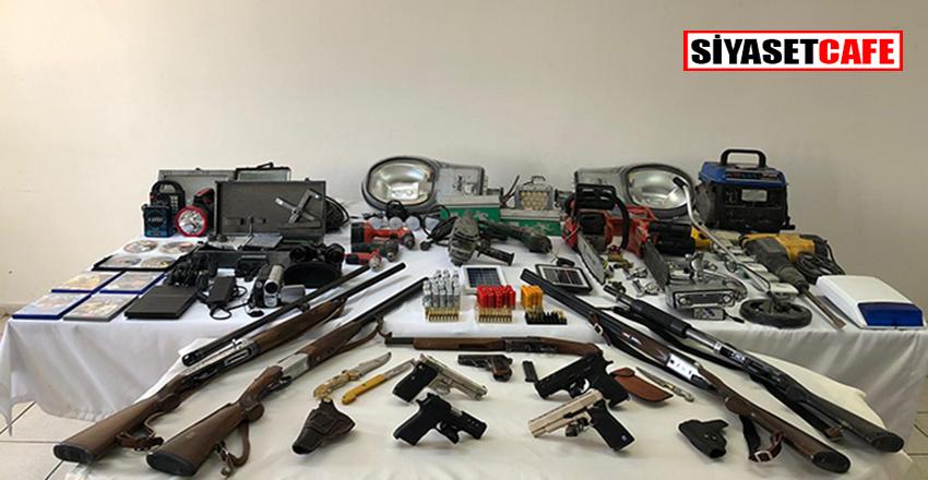 Jandarmadan silah hırsızlığı yapan çeteye operasyon!