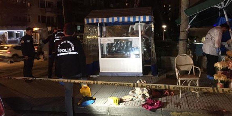 Kadıköy'de dehşet: Annesini ve eşini sokak ortasında kurşunlayarak öldürdü