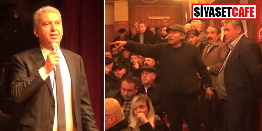"""CHP Kongresinde ortalık karıştı: """"Polis çağırın"""""""