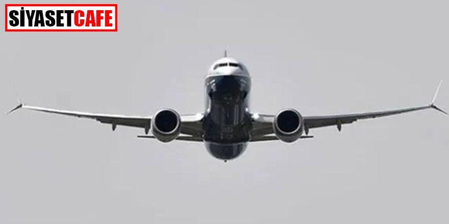 Rusya'da yolcu uçağında canlı bomba paniği!