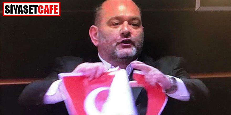Türk bayrağını yırtan Yunan vekile ülkesinden de tepki!