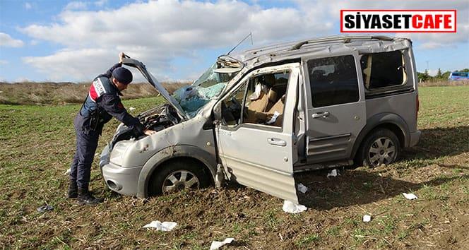Tekirdağ'da araç tarlaya savruldu: 5 yaralı