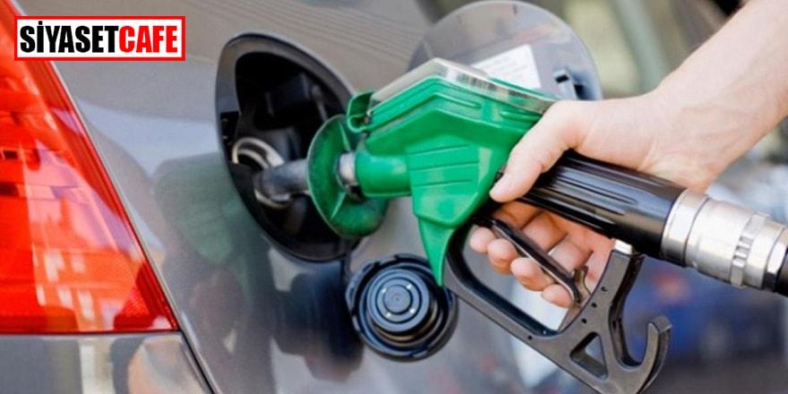 00.00'dan sonra benzin indirimli, motorin zamlı
