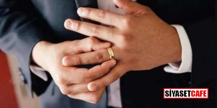 Yüzük parmağı uzun olan erkekler koronaya karşı daha dayanıklı