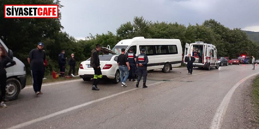 Tekirdağ'da iki araç kafa kafaya çarpıştı, 7 yaralı!