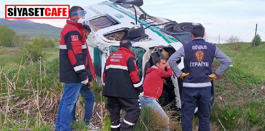 Cenaze aracı kaza yaptı, 1 kişi öldü
