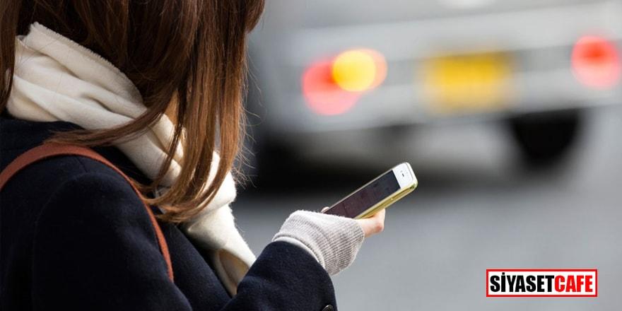 1 Temmuz'da yürürlüğe girecek! Yürürken telefon kullanmak artık yasak