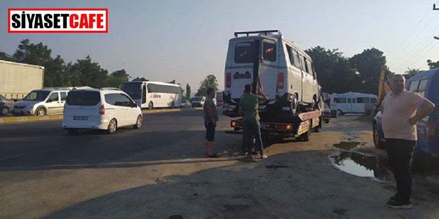 Otomobil ile minibüs çarpıştı: 7 tarım işçisi yaralandı!