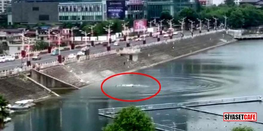 Öğrencileri taşıyan otobüs su kanalına uçtu! Ölü ve yaralılar var